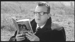 RoGoPaG / Roberto Rossellini, Pier Paolo Pasolini, Ugo Gregoretti, Jean-Luc Godard, réal., scénario | Godard, Jean-Luc (1930-....). Réalisateur. Scénariste